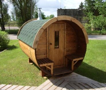 fasssauna mit terrasse bausatz sauna ist aus verschiedem holz lieferbar. Black Bedroom Furniture Sets. Home Design Ideas