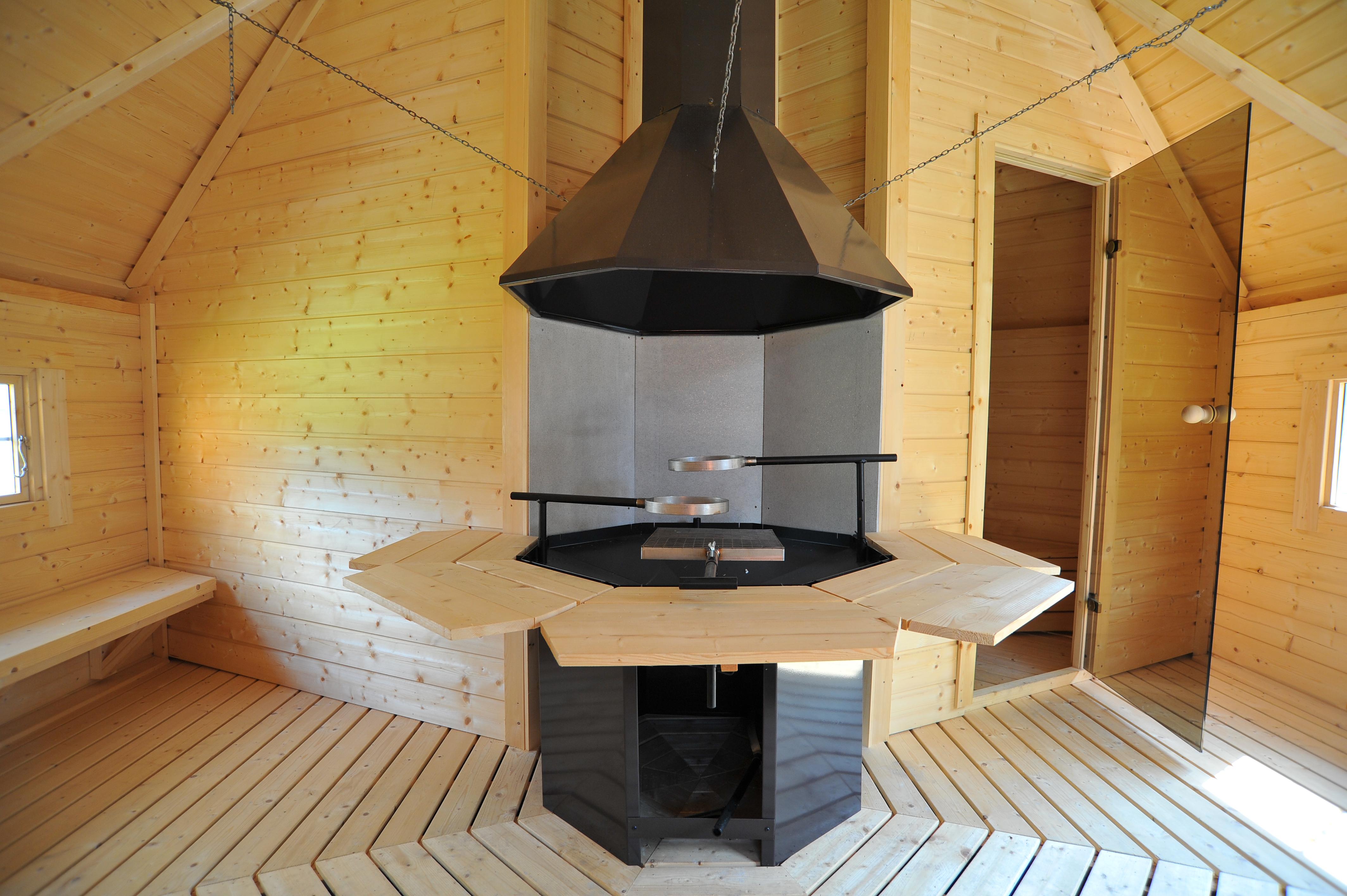 grill und saunakota in einem sie k nnen selbst bestimmen ob sie gerade grillen oder saunieren. Black Bedroom Furniture Sets. Home Design Ideas